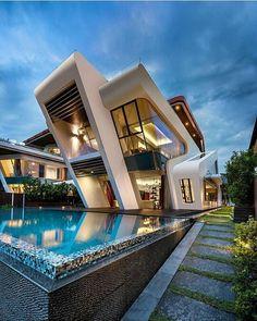 Amei! Essa casa fica no estado de Singapura e foi criada por Mercurio Design Lab. Quem mais curtiu?!  #arquitetura #decoração #design #decor #arch #interiores #inspiração #projetos #decorlovers #sketchup #bomdia #Deus #casa #mansão #singapore #singapura #love #beautiful #archlovers #architecture #projeto3D #render #instarender #vray #designdeinteriores by ns.interiores