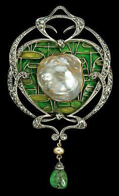 Gold and silver, plique-à-jour enamel, blister pearl, diamond, and emeraldBelle Époquebrooch, Fonseque et Olive, c. 1905