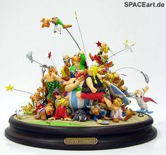 "Asterix: 50 Jahre Freundschaft ""That's so fun! Man, these Gauls are crazy! Asterix E Obelix, Sculpture Art, Sculptures, Nerd Room, Fun Comics, Statue, Fun Games, Amazing Art, Nom Nom"
