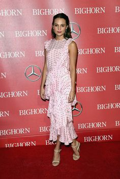 Alicia Vikander in Erdem Pre-Fall 2016 - 27th Annual Palm Springs International Film Festival Awards Gala - January 2, 2016