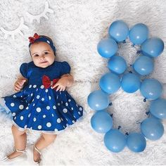 Bebê mês a mês Baby Girl Pictures, Baby Boy Photos, Baby Shooting, Monthly Baby Photos, Foto Baby, Baby Poses, Newborn Baby Photography, Baby Milestones, Baby Month By Month