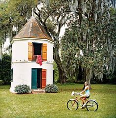 From birdhouse to guest retreat...this small structure called a pigeonnier was built on the grounds of a Louisiana estate around 1750. Its original function was to house pigeons.