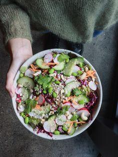 Beetnut - plantbased Restaurant in Zürich. Soba Salad, People, Food, Food Food, Essen, Meals, People Illustration, Yemek, Folk