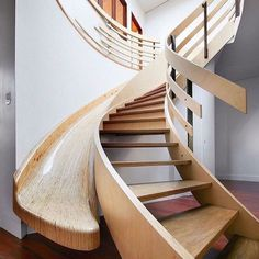 Simple Living Room, Small Living Rooms, Kitchen Living, Modern Staircase, Staircase Design, Spiral Staircases, Building Design, Building A House, Stair Slide