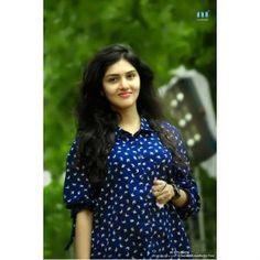 4g Tamil Movie Actress Gayathri Suresh Latest HD Images - Gethu Cinema All Indian Actress, Indian Actress Gallery, Most Beautiful Indian Actress, Indian Actresses, Indian Girl Bikini, Indian Girls, Beauty Full Girl, Beauty Women, Beautiful Girl Photo