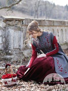 Exclusive Woolen Coat Red Riding Hood armstreet.com