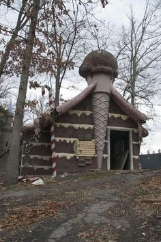 Maryland's Enchanted Forest abandoned theme park is a cute survival horror zombie nightmare