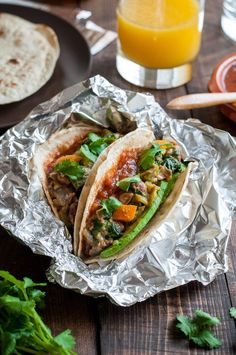 With a quick bean and veggie filling, it's easy to make a batch of vegan breakfast tacos to eat all week...without getting mushy!