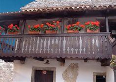 Mary Poppins's House: Carso stonehouse