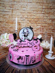 Princes Aurora, Cake Pink, Birthday Parties, Birthday Cake, Pink Halloween, Moon Party, Moon Cake, Childrens Party, Molang