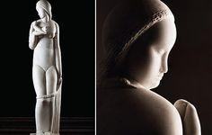 """Os 15 anos do Museu Brasileiro de Escultura estão sendo comemorados com uma exposição dedicada à obra de Victor Brecheret. Batizada de """"Brecheret – Mulher de Corpo e Alma"""", a mostra reúne apenas as figuras femininas do artista. São 60 esculturas,além de 106 desenhos, que estão sendo mostrados pela primeira vez ao grande público. o acerto foi feito entre as décadas e 20 e 50  http://mube.art.br/expos/mulheres-de-corpo-e-alma-breche"""