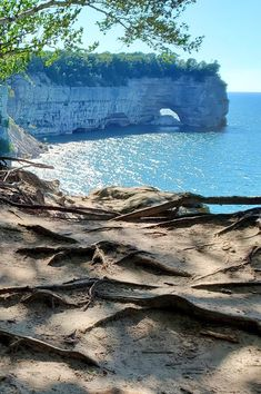 michigan hiking trails. things to do in michigan. upper peninsula, up north. midwest road trip. lake superior. national park vacation. pictured rocks national lakeshore. great lakes vacation. adventure travel vacation ideas. usa travel destinations. united states. america. Michigan Vacations, Michigan Travel, Vacation Trips, Vacation Ideas, Vacation Spots, States America, United States, Pictured Rocks National Lakeshore, Indiana Dunes