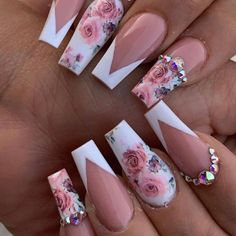 Acrylic nails with rhinestones acrylnägel mit strasssteinen ongles en acrylique avec strass uñas acrílicas con p. Almond Acrylic Nails, Pink Acrylic Nails, Gel Nails, Coffin Nails, Acrylic Spring Nails, Nail Nail, Cute Acrylic Nail Designs, Nail Art Designs, Beautiful Nail Designs