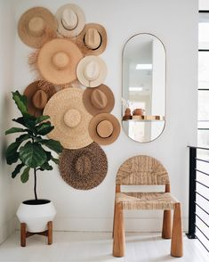 Small Home Decoration .Small Home Decoration Decoration Hall, Wall Decorations, Living Room Decor, Bedroom Decor, Living Furniture, Bedroom Inspo, Furniture Design, Home And Deco, Baskets On Wall