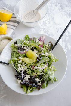 caesar salad tossed with salad tongs Big Salad, Soup And Salad, Salad Recipes, Healthy Recipes, Healthy Food, Breakfast Egg Bake, Mediterranean Breakfast, Classic Caesar Salad, Green Lettuce