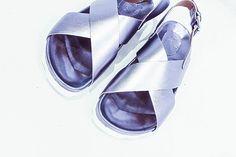 #milano#milanodascoprire#milanodavedere#moda#milanofashion#mymilano#milanocityofficial#fashionweek#minimaldesign#zonatortona#minimal#minimalfashion#magazine#fashionphotography#silver#shoes#shoeslover#fashiondesign#fashiondesigner#design#fashionblogger#trend#glamour#boho#bohochic#italianfashion#italiandesign by workshopmilano