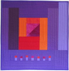 Quilting Minimal Purple Kristin Shields - Gwen Marston has been recognized for many decades as an influential quiltmaker. She developed her style early in her career or, as art quilters like to say, found her voice. Amish and what I call p… Purple Quilts, Colorful Quilts, Small Quilts, Primitive Quilts, Amish Quilts, Quilting Projects, Quilting Designs, Quilt Modernen, Quilt Art