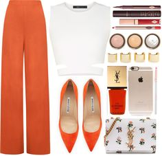 Pantone 2016: How To Wear Peach Echo | In this post I put together a list of the 10 colors selected by the Pantone Color Institute for Spring 2016, to show you what they mean, how you can pair them and give you some outfit ideas on how to wear these fantastic spring colors! Head on femalejungle.com to get to know more!