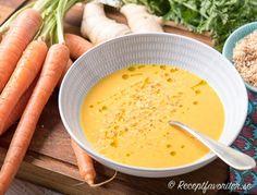 Morotssoppa med ingefära Garam Masala, Veggie Recipes, Cantaloupe, Curry, Veggies, Vegan, Fruit, Food, Vegetable Recipes