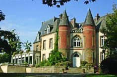 Camping***** Le Domaine des Ormes - Epiniac #Camping #Bretagne #Dol #Chateau