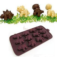 Se você está interessada em aprender acriar bombons de chocolate de forma prática e rápida, vai gostar deste post. Hoje vamos ver como usar os moldes de silicone para criar lindos e deliciosos bom…