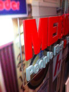 Acrylaat letters op een heldere acrylaat plaat Signs, Interior, Indoor, Shop Signs, Interiors, Sign