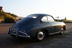 tiefgang:  Porsche 356 by ErikandThom on Flickr.
