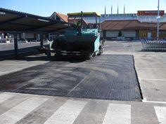 parcheo aparcamiento soluasfalt Sidewalk, Parking Space, Activities, Walkway, Walkways