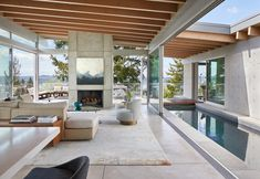 Breezy open air living space and a pool opening up to a terrace deck with Lake Washington vistas from Mercer Island, King County, Washington - Home Design and Decoration Outdoor Living Rooms, Living Spaces, Home Interior Design, Interior Architecture, Building Architecture, Terrariums Diy, Modern House Design, Terrazzo, Outdoor Decor