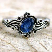 Swirly Sapphire Ring