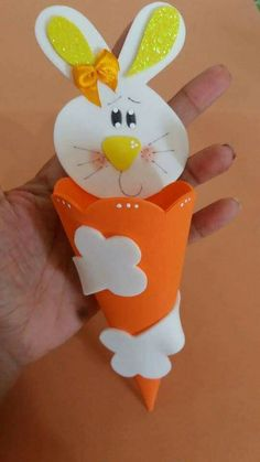 Easter Art, Hoppy Easter, Easter Crafts, Crafts For Kids, Diy Crafts, Cat Sweaters, Spring Crafts, Craft Fairs, Creative Art