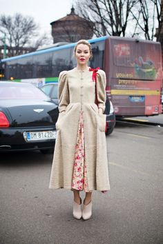 Ulyana Sergeenko: Feminine and Quirky Street Style . red sling bag with feminine dress Modest Fashion, Hijab Fashion, Fashion Outfits, Womens Fashion, Feminine Fashion, Fashion Fashion, Street Fashion, Mode Russe, Ulyana Sergeenko