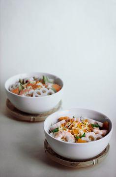 Japanese Chirashi sushi Japanese Food Sushi, Japanese Dishes, Japanese Recipes, Sashimi, Food Obsession, Perfect Food, Asian Recipes, Family Meals, Food Photography