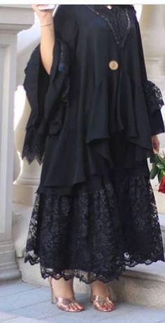 Modern Hijab Fashion, Abaya Fashion, Muslim Fashion, Fashion Dresses, Mode Abaya, Iranian Women Fashion, Kaftan, Lace Evening Gowns, Abaya Designs