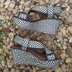 """Lucky Brand Woven Wedges Super cute Lucky Brand black and white woven wedges. Worn once, still lots of life in these! Size 7.5 with a 3.5"""" wedge. No trades. Poshmark transactions only! Submit all offers through the offer feature :)  Lucky Brand Shoes Wedges"""