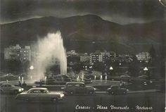 Vista Nocturna de la Plaza Venezuela, Caracas años 50.