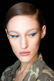 Have some fun add color to you top lid to create this look.
