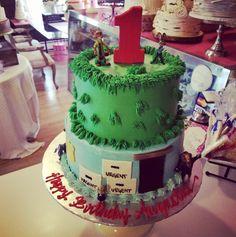 Zootopia 1st birthday cakewww.facebook.com/carinaedolce    www.carinaedolce.com #carinaedolce First Birthday Cakes, Zootopia, First Birthdays, Facebook, Desserts, Food, Tailgate Desserts, One Year Birthday, Deserts