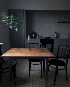 Stunning 70+ Beautiful Matte Black Kitchen Design Ideas https://homadein.com/2017/05/11/beautiful-matte-black-kitchen-design-ideas/