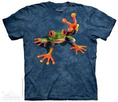 Victory Frog T-Shirt at theBIGzoo.com, an animal-themed superstore.
