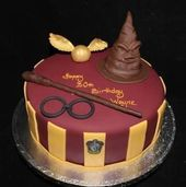 Harry Potter Theme Cake, Harry Potter Desserts, Bolo Harry Potter, Gateau Harry Potter, Harry Potter Cupcakes, Harry Potter Birthday Cake, Harry Potter Food, Harry Potter Cake Decorations, 18th Birthday Cake