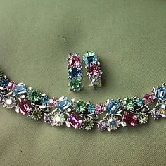 LISNER vintage rhinestone set of two read descrip Made between 1960-1969 beautiful. two small stone missing.one on earring and one on bracelet.Check pic.4,almost unrecognized LISNER Jewelry