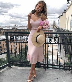 Elegant Dresses, Beautiful Dresses, Casual Dresses, Short Dresses, Fashion Dresses, Prom Dresses, Formal Dresses, Meeting Outfit, Girl Fashion