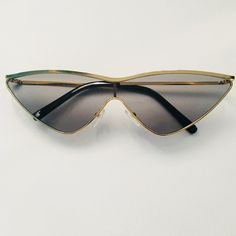 60bbc16892 High Fashion CatEye Sunglasses DETAILS - - Depop Vintage Sunglasses