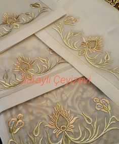 Elsirması 5li takım..fiyatbilgisi icin 0216 650 2026 Gold Embroidery, Machine Embroidery, Embroidery Designs, Crazy Quilting, Bow Pillows, Brazilian Embroidery, Gold Work, Embroidered Flowers, Scarf Styles