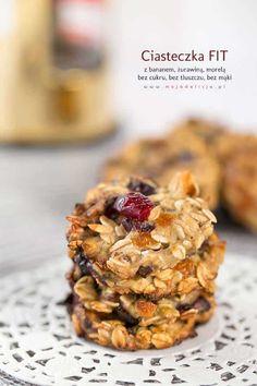 Ciasteczka owsiane FIT - bez cukru, mąki i tłuszczu | Moja Delicja Cookies Healthy, No Bake Snacks, Oatmeal Cookies, Protein Bars, Food And Drink, Yummy Food, Sweets, Healthy Recipes, Meals