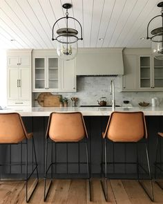 To improve the interior of your home, you may want to consider doing a kitchen remodeling project. This is the room in your home where the family tends to spend the most time together. If you have not upgraded your kitchen since you purchased the home,. Modern Farmhouse Kitchens, Cool Kitchens, Farmhouse Table, Craftsman Kitchen, White Kitchens, Home Decor Kitchen, Kitchen Dining, Kitchen Chairs, Kitchen Island