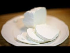 How to Make Quark (Fresh Cheese) from Kefir Recipe. This is somewhat easier way to get quark (fresh cheese): it requires less time since you don't need to sour milk and such, since kefir is used instead. There is a trade off to that of course, th. Cooking Tips, Cooking Recipes, Healthy Recipes, Healthy Food, Kefir Recipes, Weird Food, How To Make Cheese, Fermented Foods, Cream And Sugar