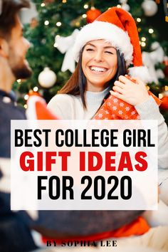 love these christmas gifts for college girl!! sending this list to my mom for gift ideas College Student Gifts, College Fun, College Students, Teen Christmas Gifts, Creative Christmas Gifts, Dorm Decorations, Christmas Decorations, Birthday Woman, Freshman