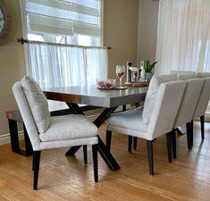 TABLE ET BANC KÉNOGAMI - BÉTON GALET ET FRÊNE ROUSSE - 96'' X 42'' - 3'' ÉPAIS - CHAISES MONROE B-1105 #lusine #table #banc #kenogami #beton #galet #frene #rousse #chaise #monroe #b1105 Dining Bench, Dining Chairs, Monroe, Table, Furniture, Home Decor, Pebble Stone, Chairs, Decoration Home